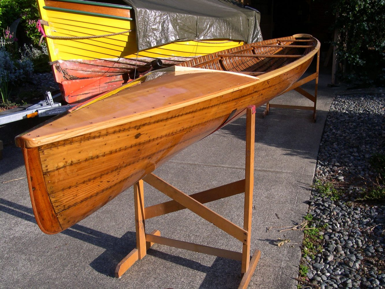 C4 canoe