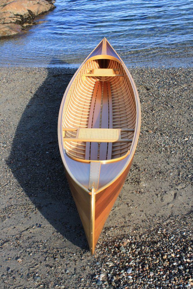 Canadian Ugo canoe