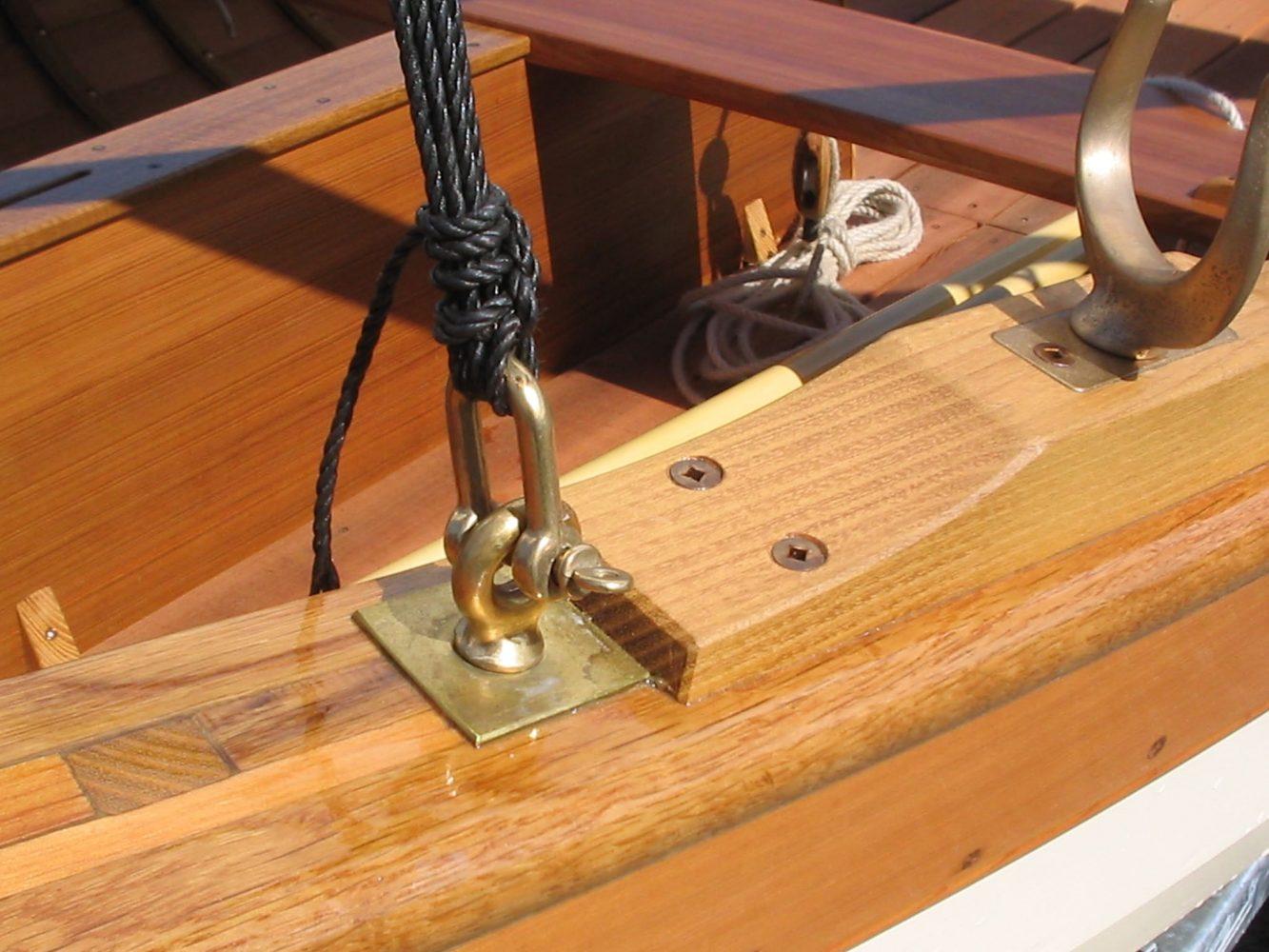 Paul Gartside designed Skylark dinghy oarlock detail