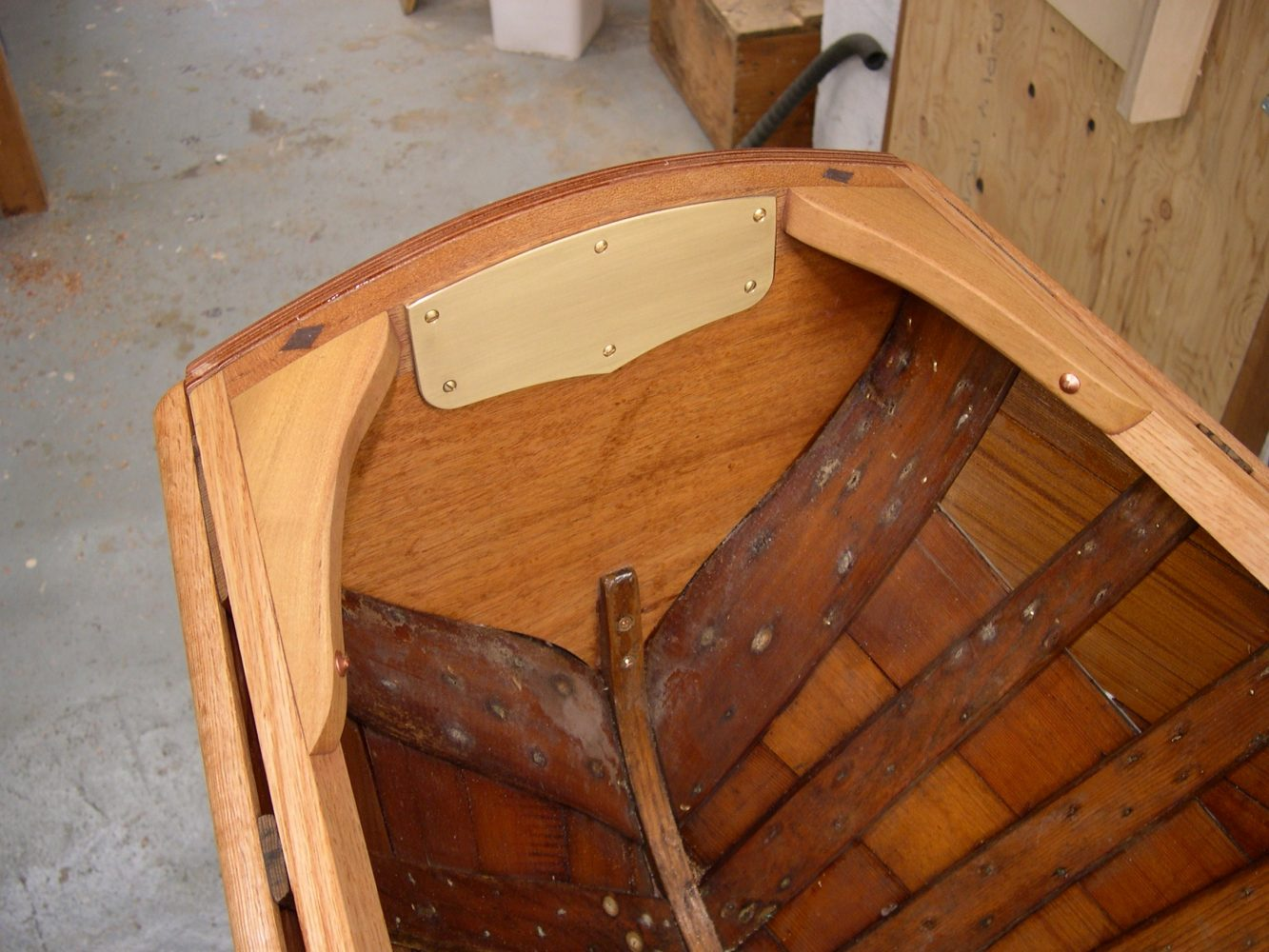 Thompson canoe transom