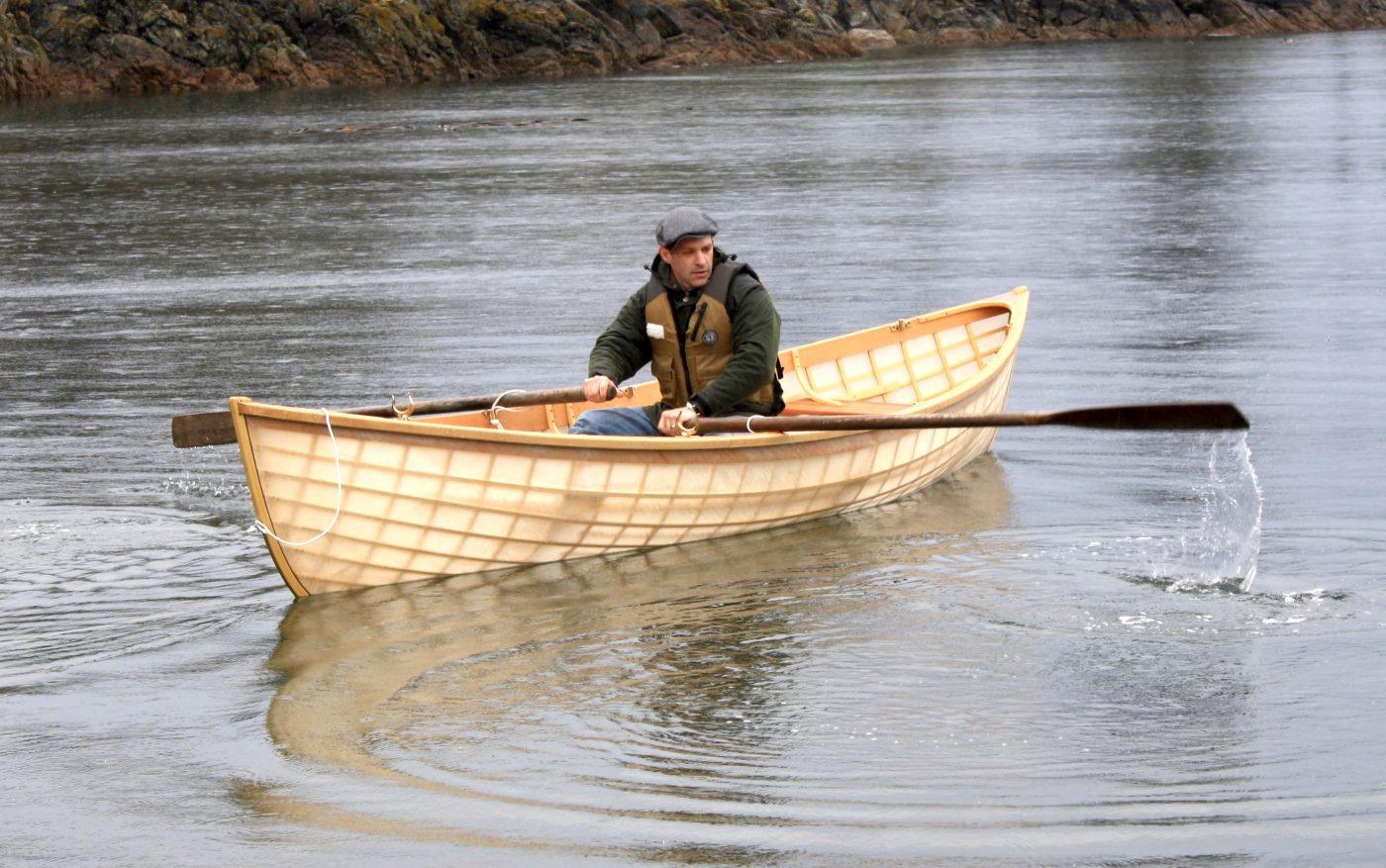 Skin-on-frame Pacific handliner rowing