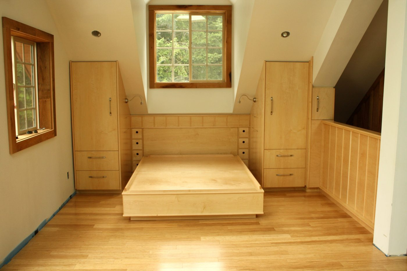 Built in bedroom suite