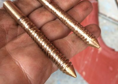 Making hanger bolts